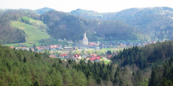 Blick auf St. Johann i. S.