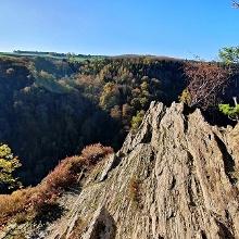 Felszungen dienen als Aussichtspunkt sowie zur Pose für eigenes Fotomotive