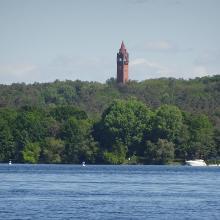 Blick zum Grunewaldturm
