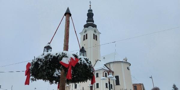winterlicher Hauptplatz St. Ruprecht an der Raab