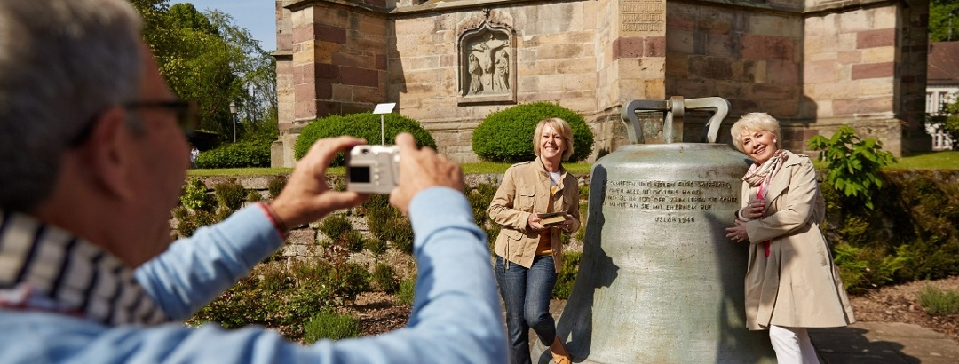 St. Johanniskirche und Glocke