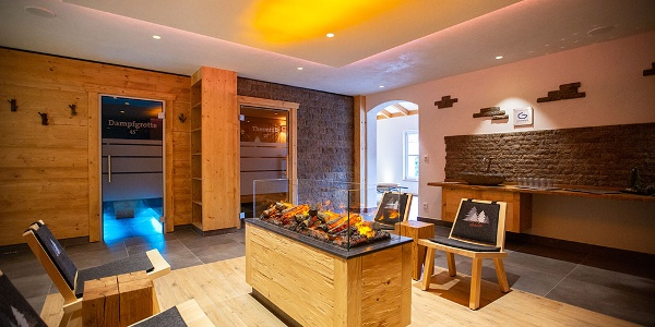 Schwarzwälder Saunalandschaft in Häfner's Flair Hotel Adlerbad