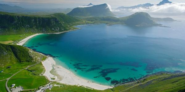 View of Haukland beach from Mannen.