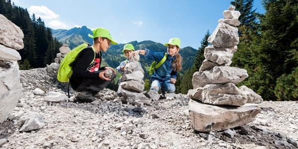 6. Station des Forscherwegs: Hier gilt des Steinmänndle zu bauen