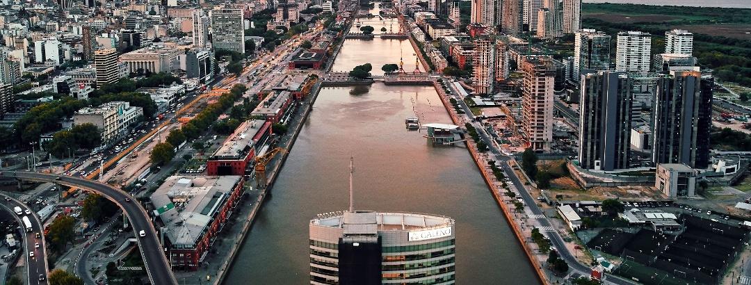 Puerto Madero en Buenos Aires, Argentina