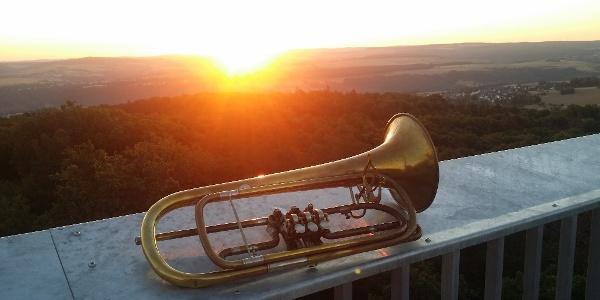 Trompete Spitzer Stein
