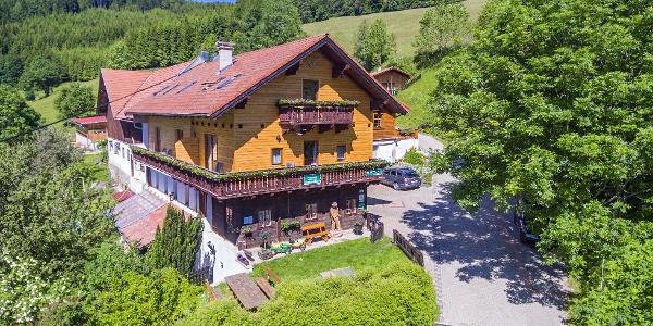 Der Almbauer Morgenbesser in Trattenbach