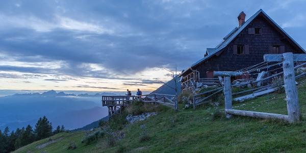 Roblekov dom Mountain Hut
