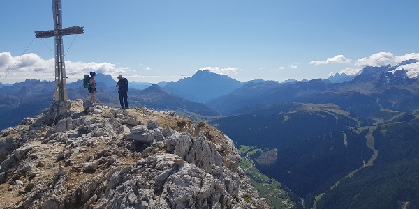 Sasshonger summit