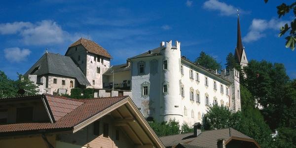 Schloss Ehrenburg in Ehrenburg im Pustertal