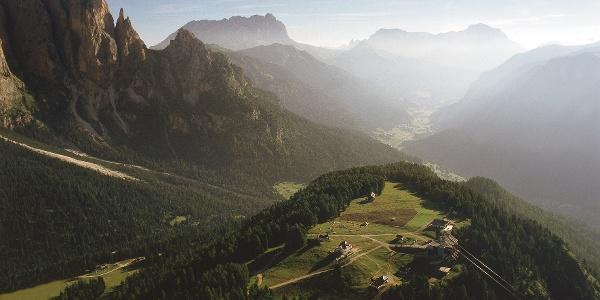 MTB-Tour von Mazzin zum Aussichtspunkt Ciampedie im Trentino.