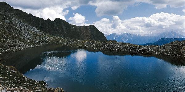 Der obere Ochsenfeldsee in Antholz