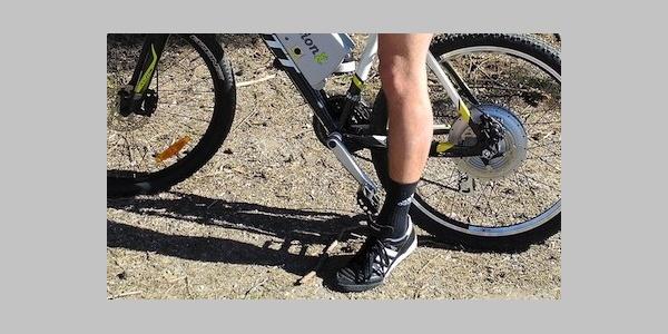 Im Sommerbietet die Hochebene von BrentonicoWanderern und Radfahrern ein weit verzweigtes Netzan Wegen und Forststraßen