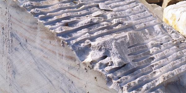 Schneeweißer Marmor aus dem Göflaner Bruch.