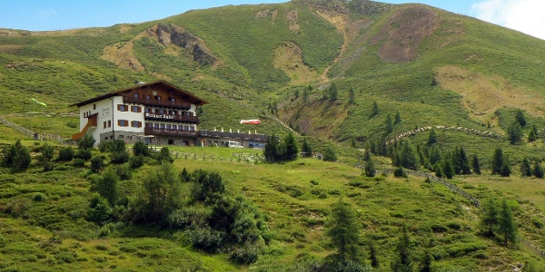 Beliebte Einkehr im Wandergebiet Meran 2000, die Meraner Hütte
