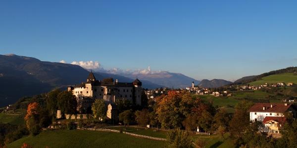 Ziel der Rundtour von Völser Aicha nach Prösels, das gleichnamige Schloss.