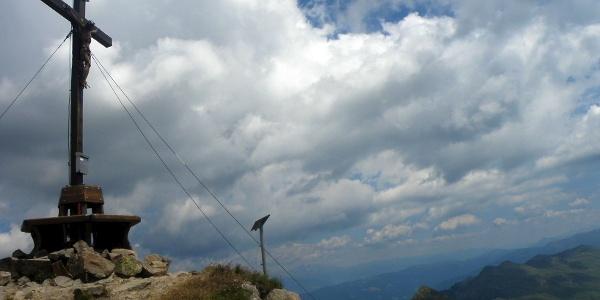 Am Gipfel der Kassiansspitze im Sarntal.
