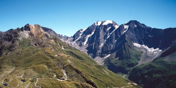 Der Weg zum Günther-Messner-Hochferner-Biwak führt von der Pfitscherjochstraße ins hinterste Pfitschtal hinein.