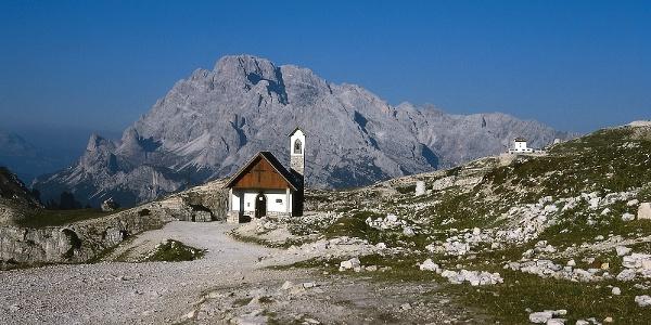 Bergkapelle und Auronzohaus bei den Drei Zinnen, der Ausgangspunkt unserer Tour