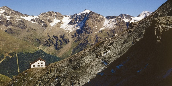 The Tabaretta haven at Viletta, from here the climber wlaks to the beginnig of the via ferrata.