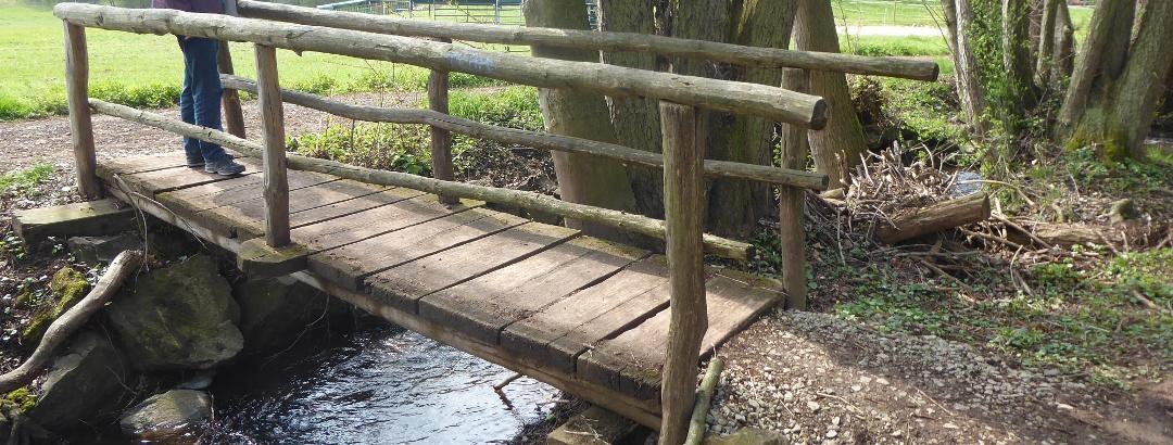 Brücke über den Wilhelmshäuser Bach