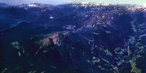 Ein Überblick über das gesamte Ultental und Deutschnonsberg
