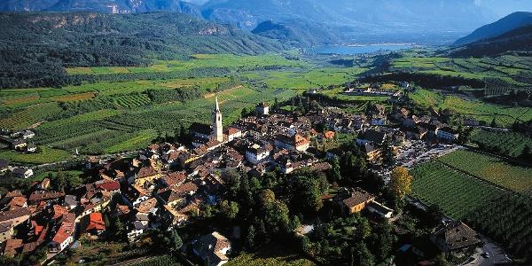 Startpunkt dieser Mountainbiketour ist der bekannte Weinort Kaltern