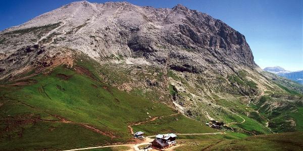 The known Sassopiatto mountain on the alpe di Siusi.