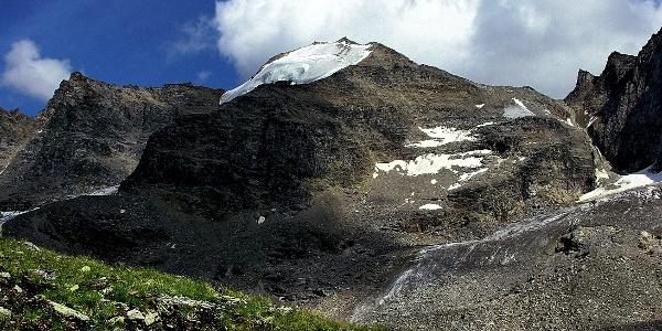 The mountain garnde angelus in Solda is 3521 meters high.