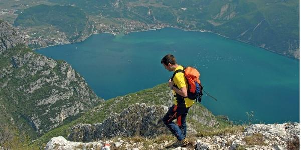 Aussichtswandern über dem Gardasee: Riva, der Monte Brione und Torbole