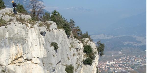 Die »Sonnenfelsen« über dem Sarcatal sind ein beliebtes Kletterrevier