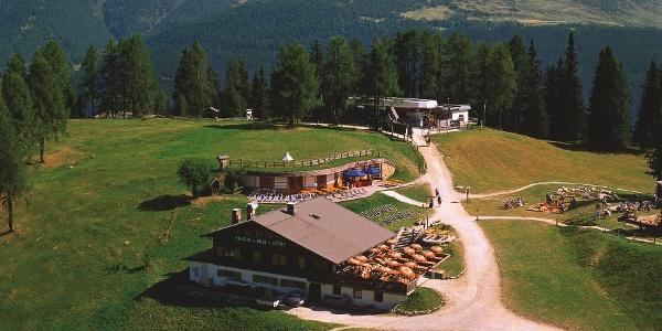 Rudihütte auf den Rotwandwiesen bei Sexten.