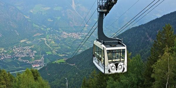 Von der Talstation geht es mit der Seilbahn nach Aschbach.