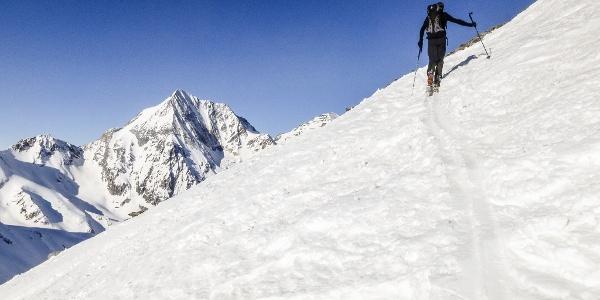 Ascension in the Val Martello valley to the peak of Punta Beltovo di Dentro.
