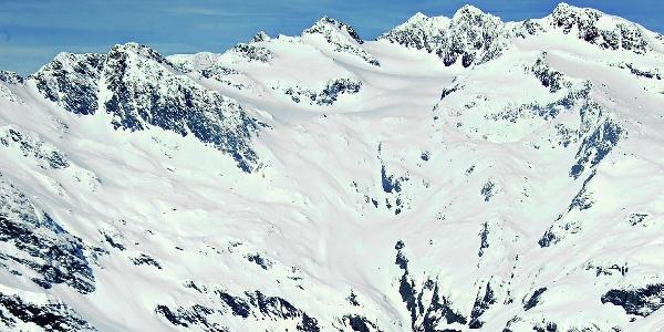 In the center of the picture: the Cima dell'Accla mountain peak.