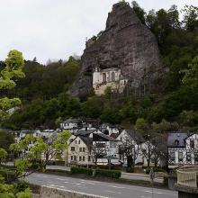 Die Felsenkirche in Idar Oberstein .Wir haben noch einen Abstecher dahin gemacht.Im Moment kann man wegen  umfangreichen  Renovierungsarbeiten nicht zur Kirche hoch gehen.