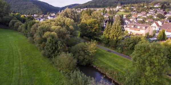 Blick auf Roßbach mit Wied und Roßbacher Häubchen