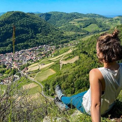 Point de vue sur le village de Cerdon