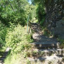 Treppensteig Burg Katz