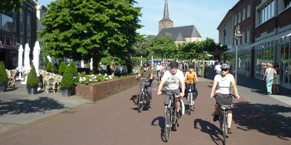 Radfahrer am Markt Geldern