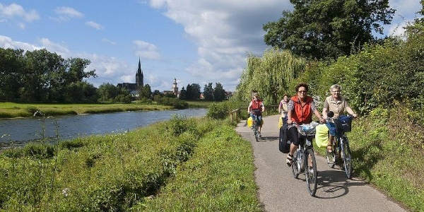 Radfahren an der Weser
