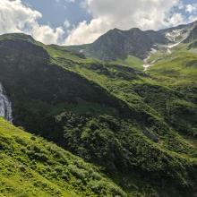Imposante Wasserfälle beim Zustieg zur Neuen Fürther Hütte