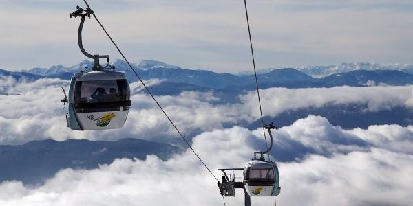 The Corno del Renon (Rittner Horn) cable car leads from Pemmern uphill to Cima Lago Nero.