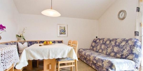 In den Ferienwohnungen im Haus Niederweg in Dorf Tirol fühlt man sich ausgesprochen wohl.