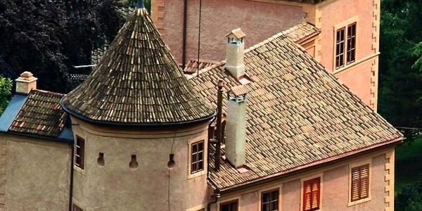 Schloss Spauregg in Partschins wurde in altdeutschem Stil umgebaut.