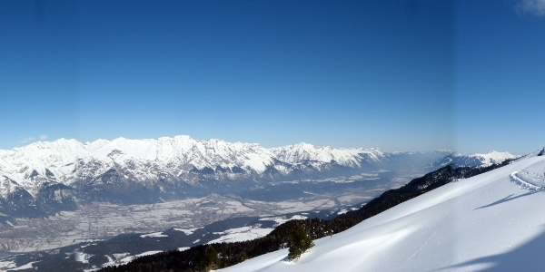 Auch die Nordkette und das Karwendel sind stetig im Blickfeld.