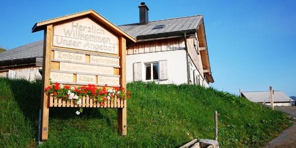 Alp Rona ideal zum einkehren und einkaufen (Alpprodukte)