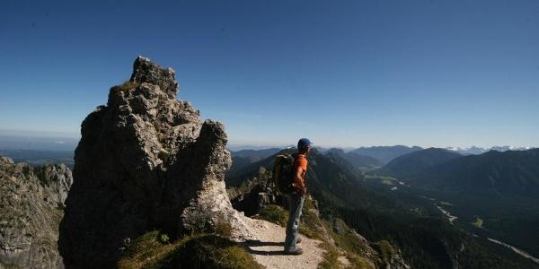 Geländeabsatz kurz vor dem Gipfel