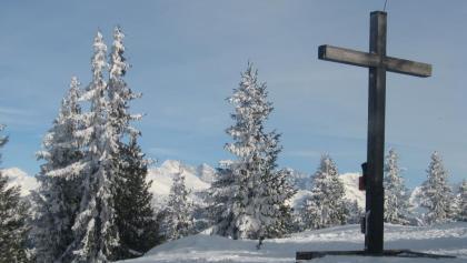 Das Waldrasterjöchl im Hintergrund der Olperer.