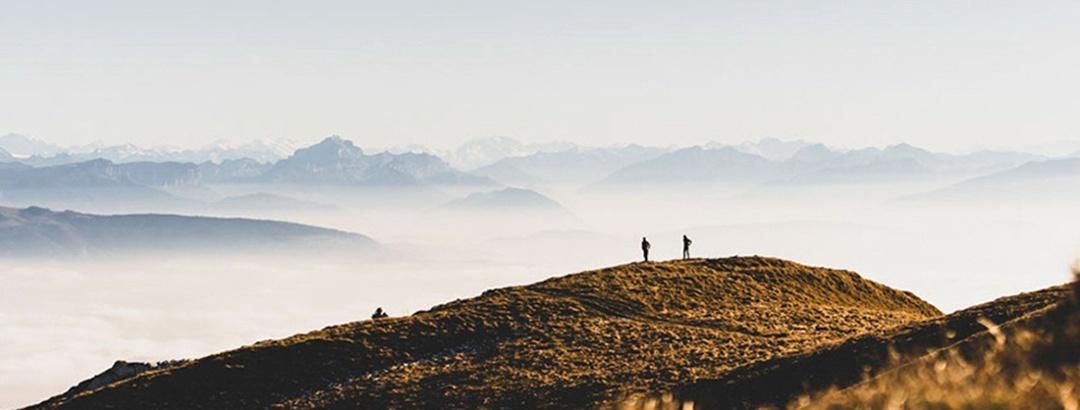 Randonnée pédestre sur les Crêtes du Jura, Pays de Gex Randonnée pédestre sur les Crêtes du Jura, Pays de Gex